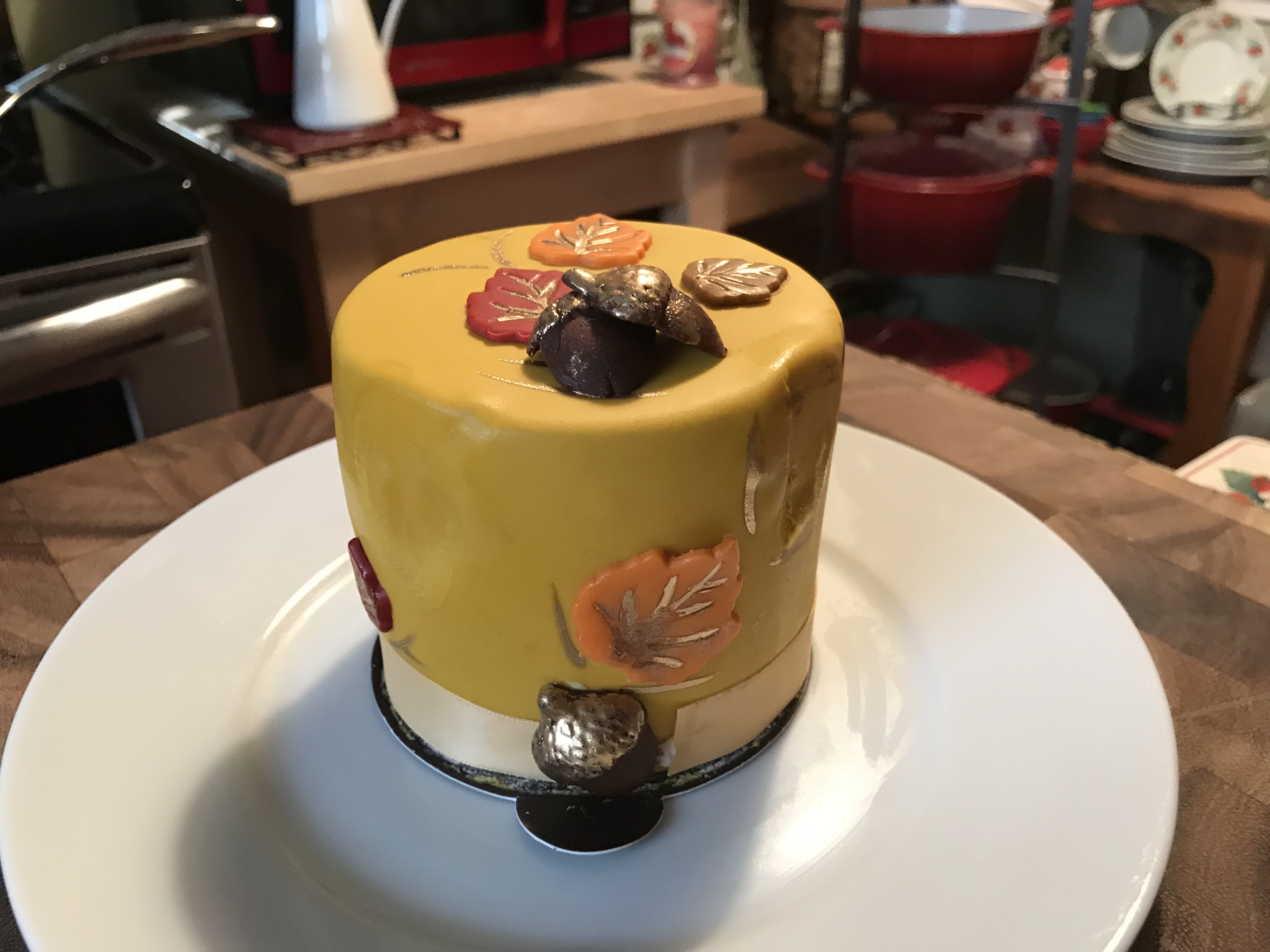 Enzo's Fall Cakes
