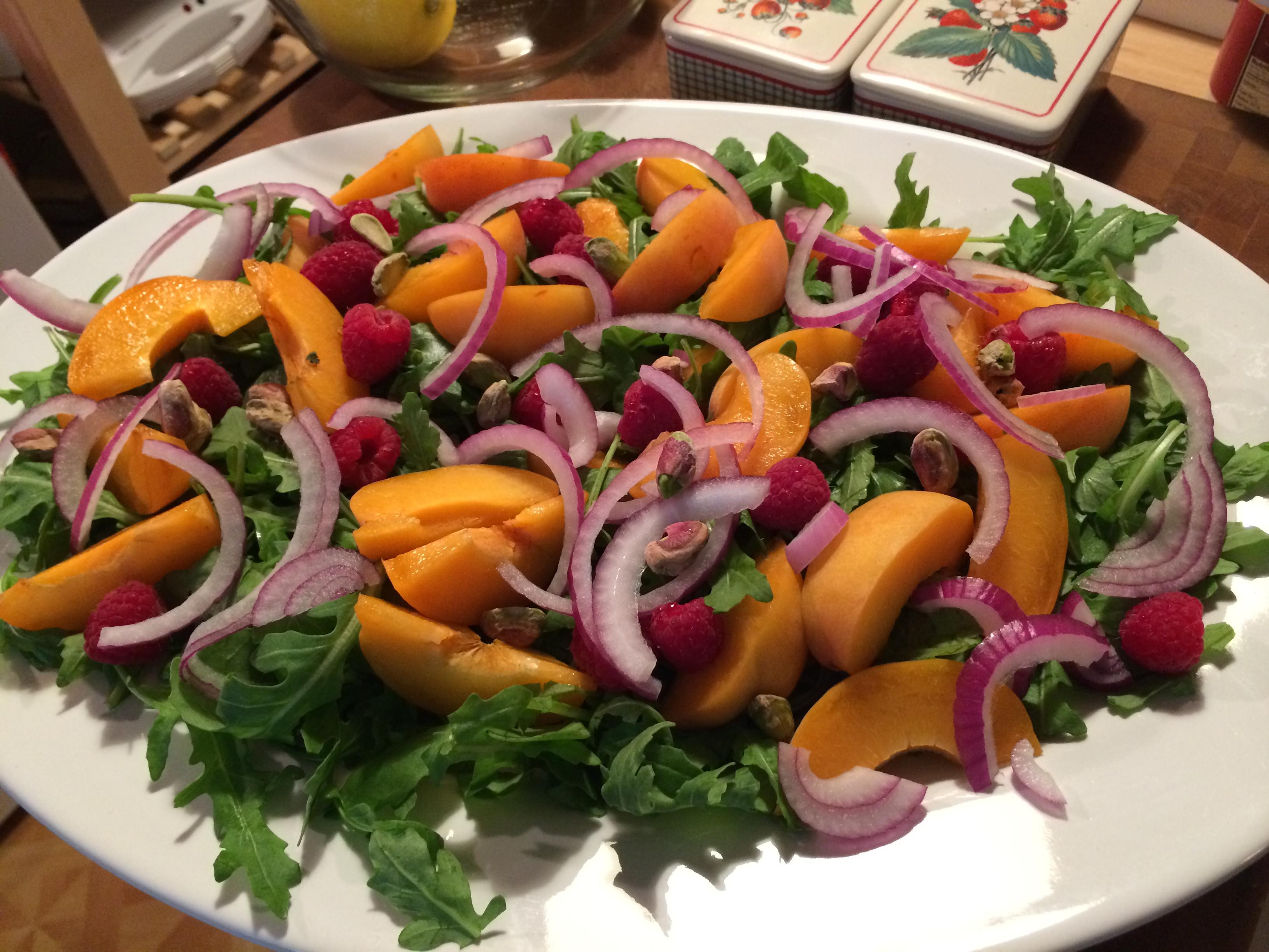 Apricot And Arugula Salad.jpg
